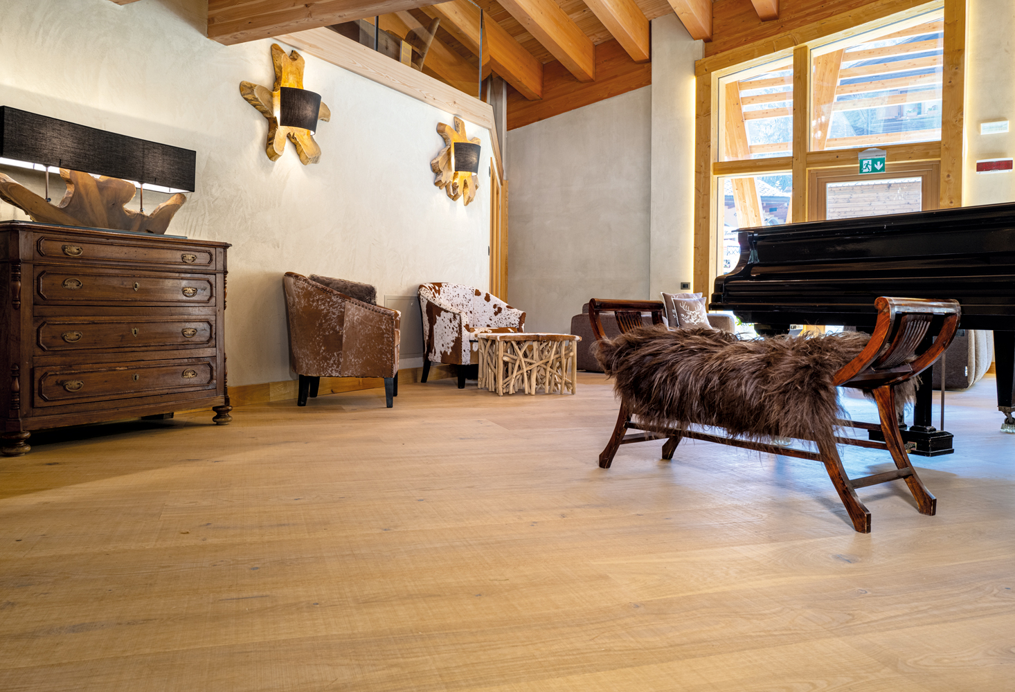 Classico - Maxi, Austrian Larch Rustic Classico - '500, European Oak Onda - '500, European Elm