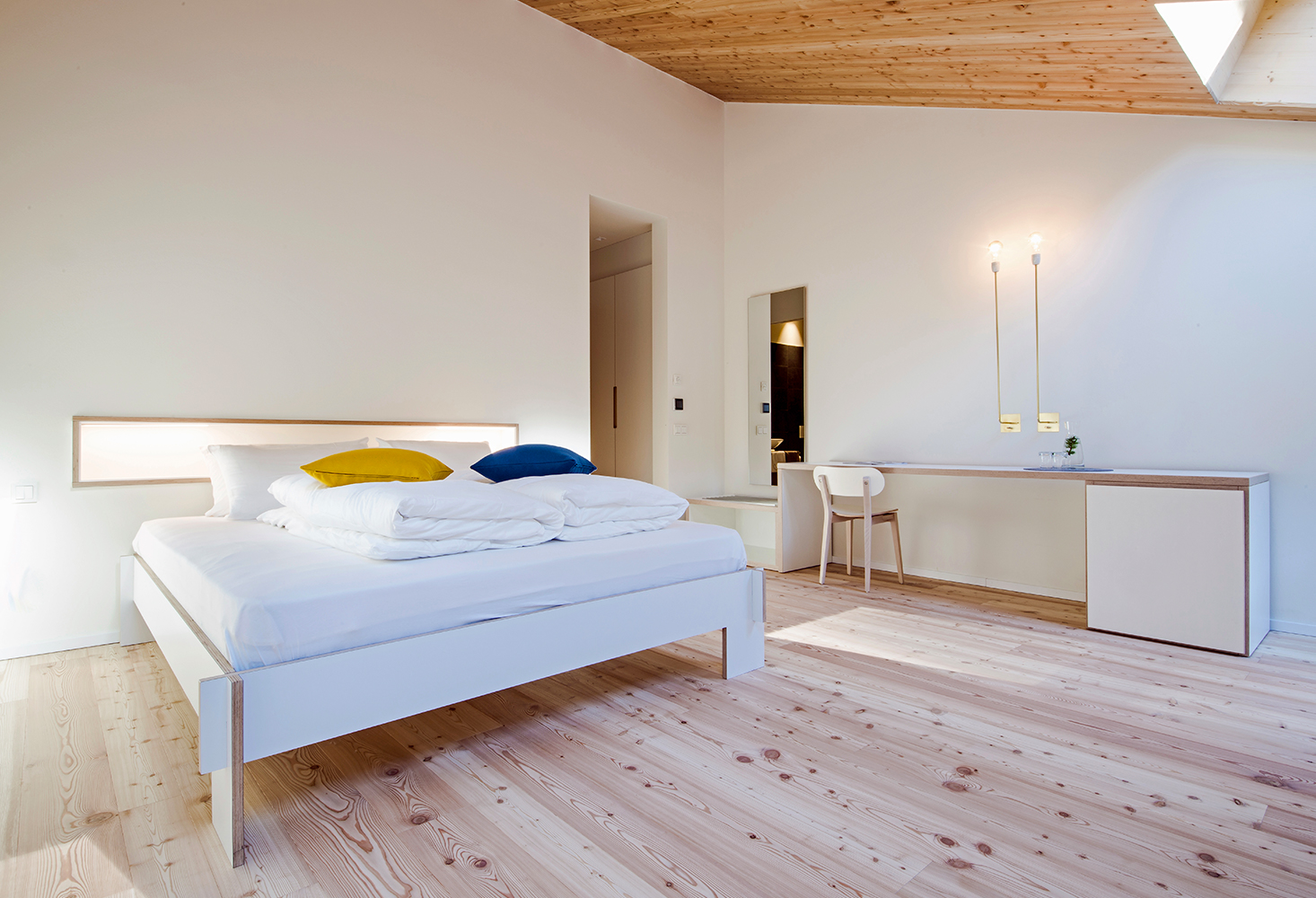 parquet Natura, Austrian Larch Rustic, brushed oiled/varnished